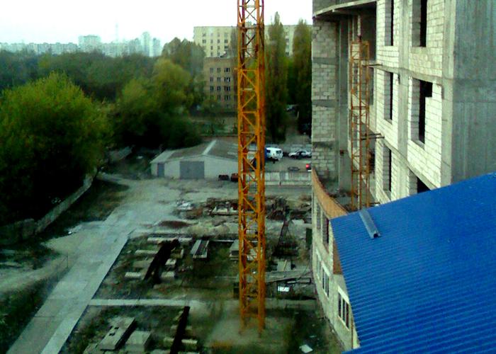 Негатив фэн-шуй: вид из окна квартиры на ул. Пушиной,8